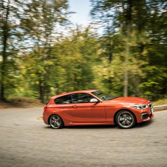 Video / Cars / Reviews